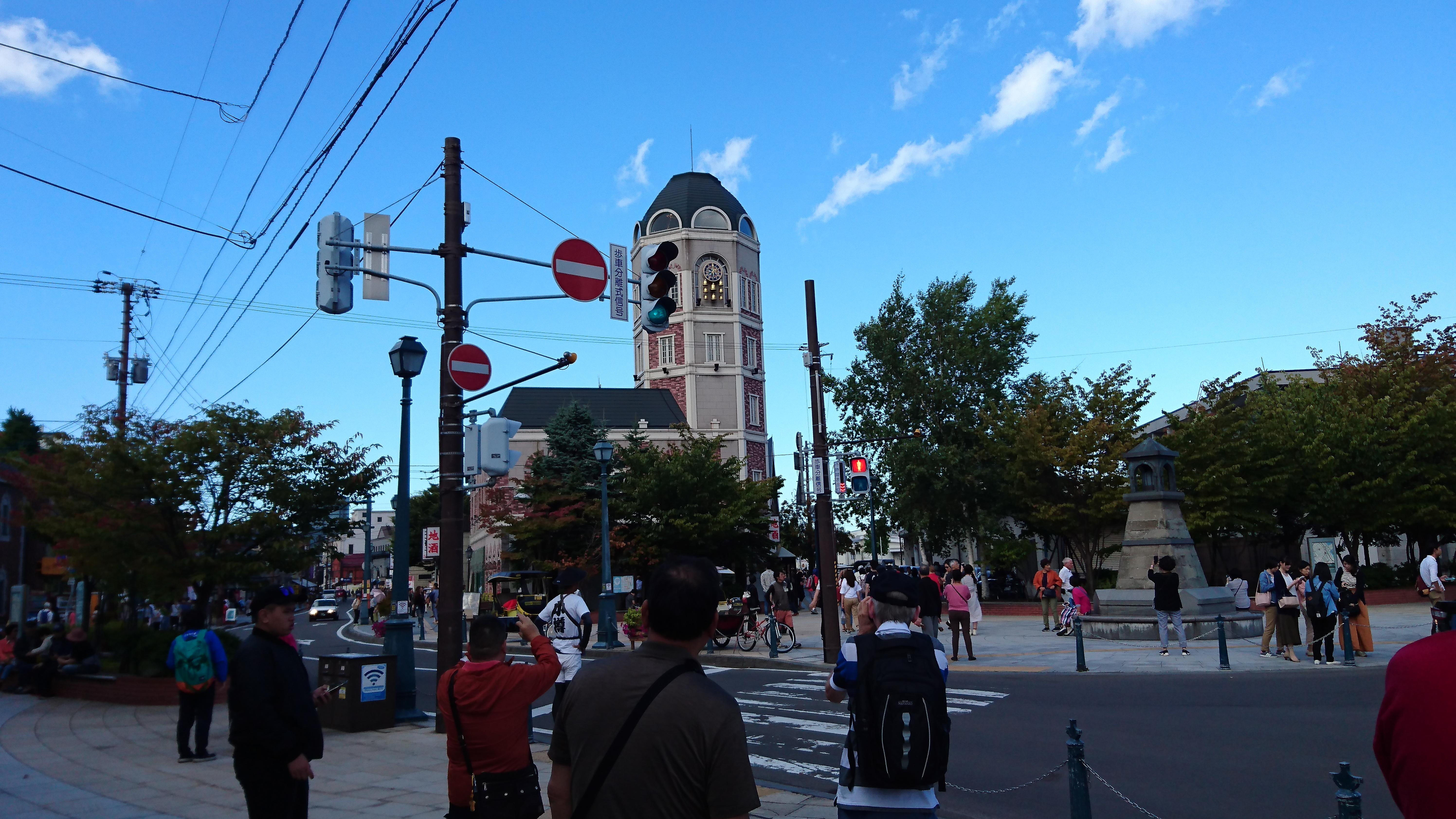 小樽観光に来たら、小樽運河食堂の海鮮丼がおすすめです